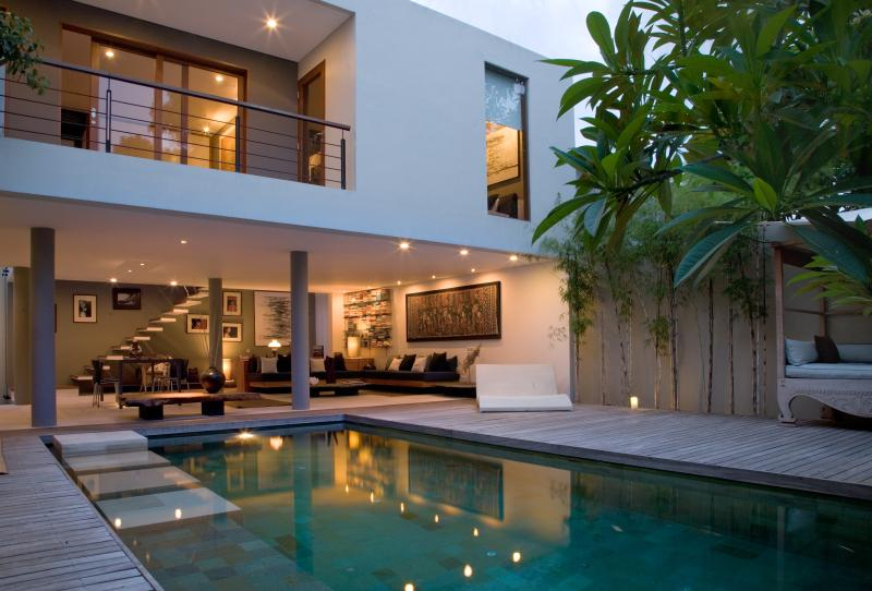 Villa Rio - Beautiful Villa in central Seminyak - Image 1 - Seminyak - rentals