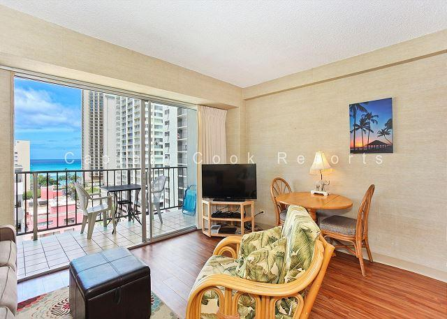 Ocean View plus central A/C, 5 minute walk to beach! Sleeps 4. - Image 1 - Waikiki - rentals