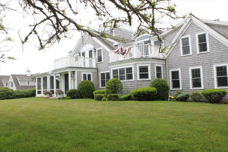 Grand home and cottage * 101 Julien Road Harwich 125153 - Image 1 - Harwich Port - rentals