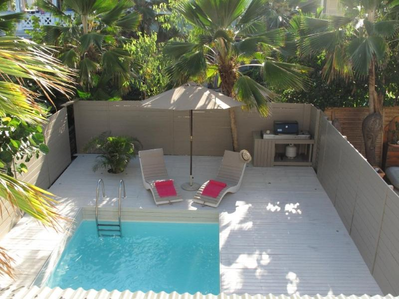 C'EST FOU... 3BR with private pool, 4 min walk to Orient Beach! - Image 1 - Orient Bay - rentals