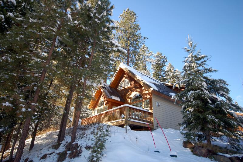 Perched on a hilltop just above downtown McCall. - Ridgetop Pines Retreat - Convenient, Secluded - McCall - rentals