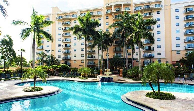 One of the resort's four outdoor pools - 25% OFF 3-NIGHT STAYS! Full-service spa & golf! - Pompano Beach - rentals