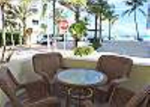 Seabreeze #3 Studio for 3 Across from Hollywood Beach and Boardwalk - Image 1 - Hollywood - rentals