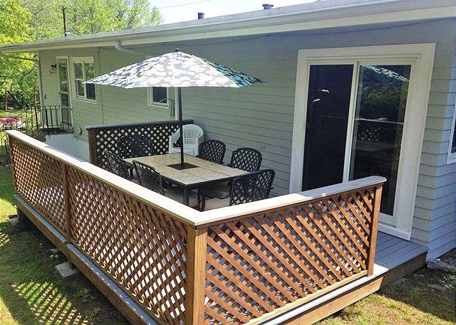 Patio at Two Beaches.  - Two Beaches: Immaculate 3 bed/1.5 bath home between Long and Good Harbor! - Gloucester - rentals