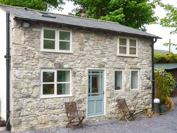 THE COTTAGE, detached, one bedroom, woodburner, WiFi, Pantymwyn Ref 15273 - Image 1 - Pantymwyn - rentals