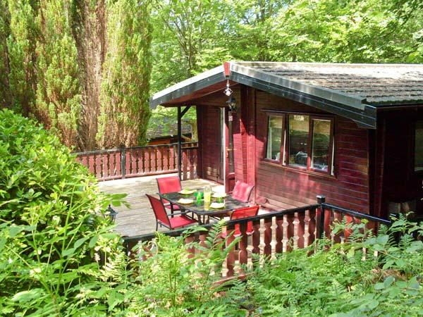 TOP LODGE, on-site facilities, pets welcome, great touring base, near Windermere, Ref. 26654 - Image 1 - Windermere - rentals