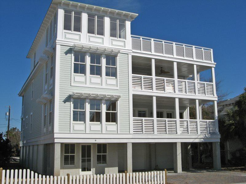 #6 11th Street - You`ll Love Your `Tybee Time` at this Gem of a House - FREE - Image 1 - Tybee Island - rentals