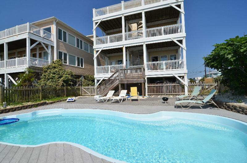 GREAT OCEANFRONT POOL - Tranquility Penthouse 6 Bed, Pool - Carolina Beach - rentals