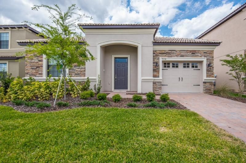 Gorgeous 4 Bedroom Home Near Disney From 190nt - Image 1 - Orlando - rentals
