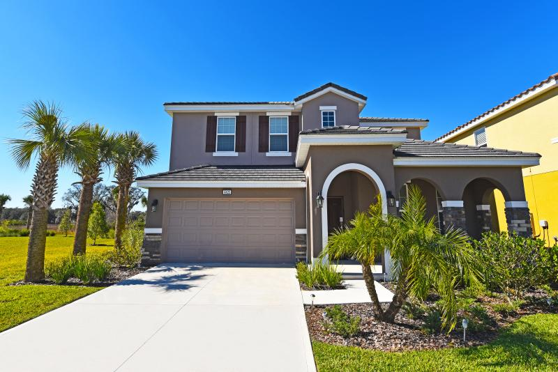 Beautiful 5 Bedroom Home Near Disney From 145nt - Image 1 - Orlando - rentals
