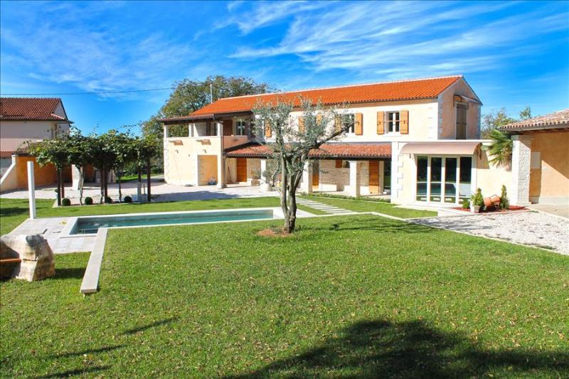 Beautiful 3 bedroom Villa with private pool in Central Istria - Image 1 - Pazin - rentals