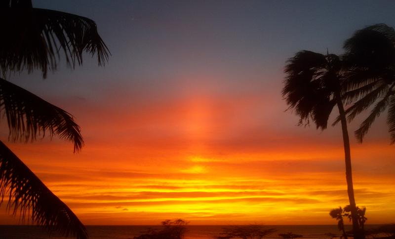 Spectacular sunset  from nearby beaches - Vacation villa with perfect beach location - Malmok Beach - rentals