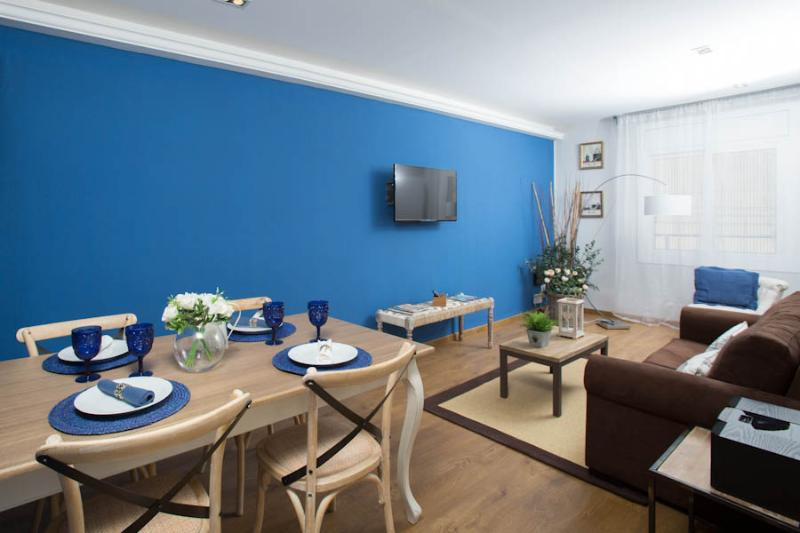 Living Room - TWO SISTERS A2 (HUTB-012888-95) - Barcelona - rentals