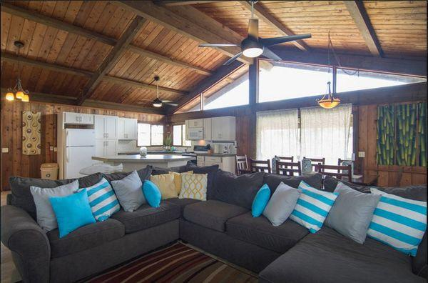 Nice vaulted ceilings and wooden walls make the home look beautiful. - Sunset Surf Cottage (3bed) - near Sunset Beach - Sunset Beach - rentals