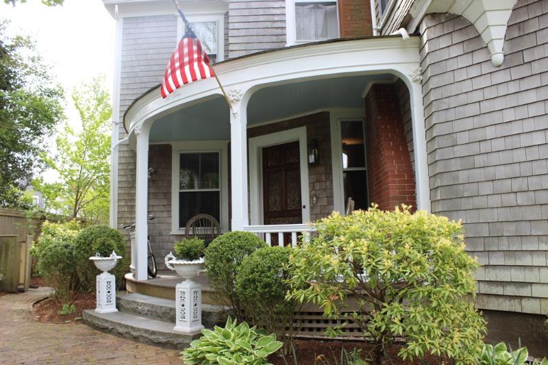 74 Main Street - Image 1 - Nantucket - rentals