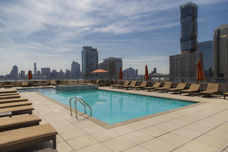 New York Area Modern 1 Bedroom Suite - Image 1 - Jersey City - rentals