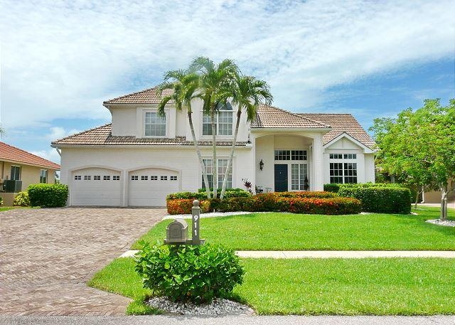 Two-story, waterfront house w/ heated pool & short walk to Resident's Beach - Image 1 - Marco Island - rentals