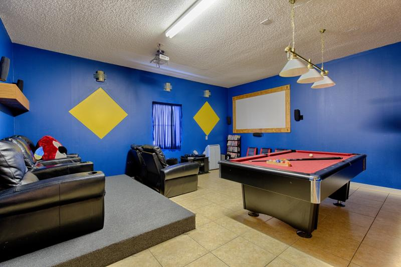 Pool table and theater seating - Emerald Island Resort's Tropical Magic - Kissimmee - rentals