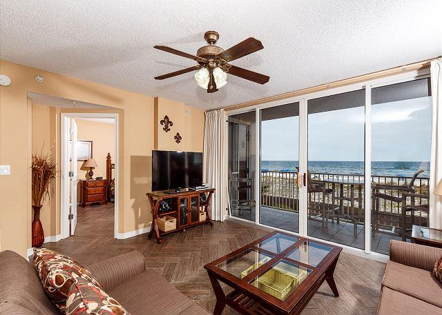 "Enjoy this amazing view of the beach right from your condo! - IP 213: 20% OFF LATE MARCH, LATE APRIL and EARLY MAY!CALL WITH CODE ""SUNSHINE - Fort Walton Beach - rentals"