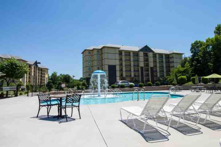 Mtn View 3505 - Heart of Pigeon Forge- Community Pool- WiFi - Image 1 - Pigeon Forge - rentals