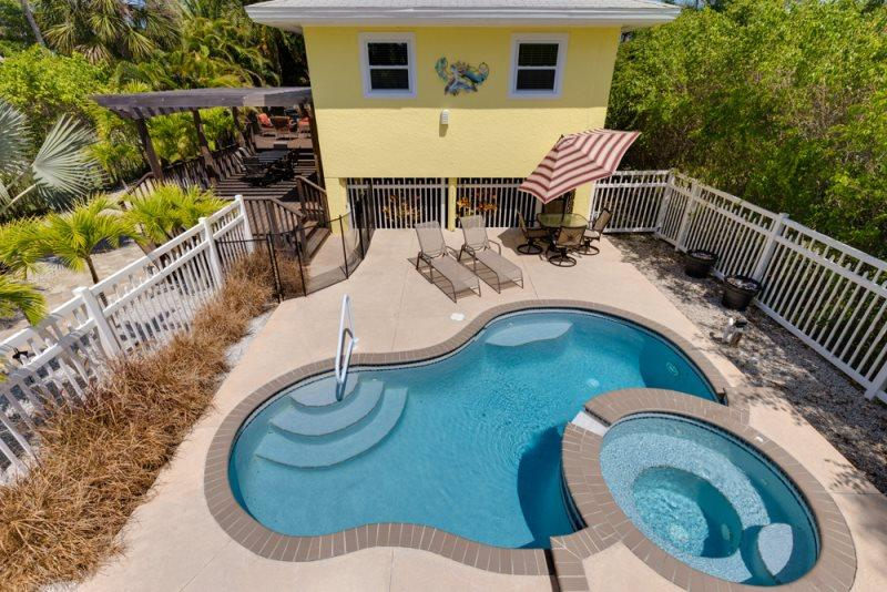 1/30: Beautiful pool & spa - A Private Retreat with Great Outdoor Living - Cozy Cottage - Fort Myers Beach - rentals