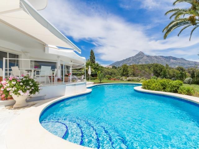3 bedroom Villa in Golf Valley, Nueva Andalucia, Spain : ref 2245784 - Image 1 - Nueva Andalucia - rentals