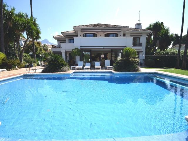 5 bedroom Villa in Golf Valley, Nueva Andalucia, Spain : ref 2245806 - Image 1 - Nueva Andalucia - rentals