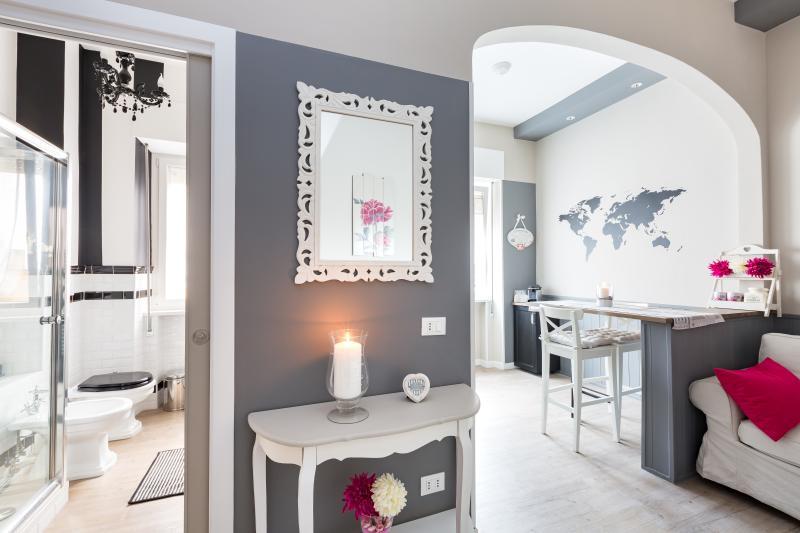 La Casa delle Peonie - Image 1 - Rome - rentals