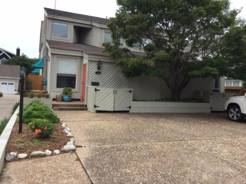 Exterior Front - 109 B 76th Street - 4 bedroom, 3 bath, close to NORTH END beach - Virginia Beach - rentals