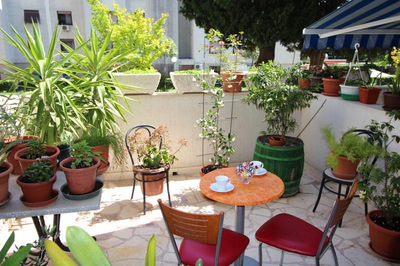 STUDIO APARTMENT WITH TERRACE IN SPLIT - Image 1 - Split - rentals