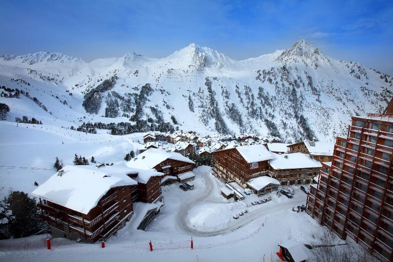 Apartment Honolulu - Image 1 - Les Arcs - rentals