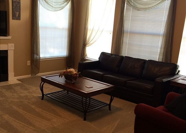 Beautiful 3 bedroom / 2 bath condo on second floor. - Image 1 - Gulfport - rentals