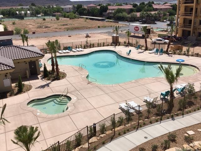 Let us welcome you to the new Estancia Resort! - Chic St George Rental - New Resort!  Steps to Pool - Saint George - rentals