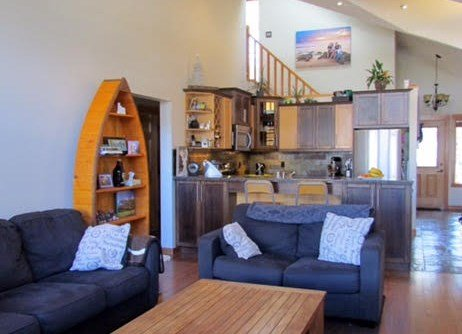 This spacious townhome is perfect for families or groups - Canmore Three Sisters Mountain 3 Bedroom Private Home - Canmore - rentals