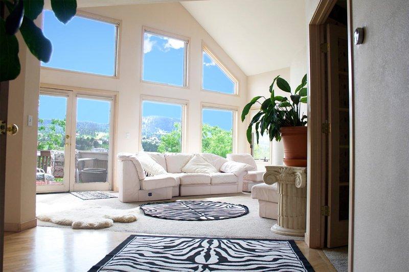 Beautiful Views!!! - FOOTHILLS DENVER-ON SIDE OF MTN-REDROCKS CONCERTS! LUXURY HOUSE - Denver - rentals