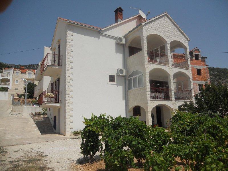 house - 6132 A1(4+1) - Bol - Bol - rentals