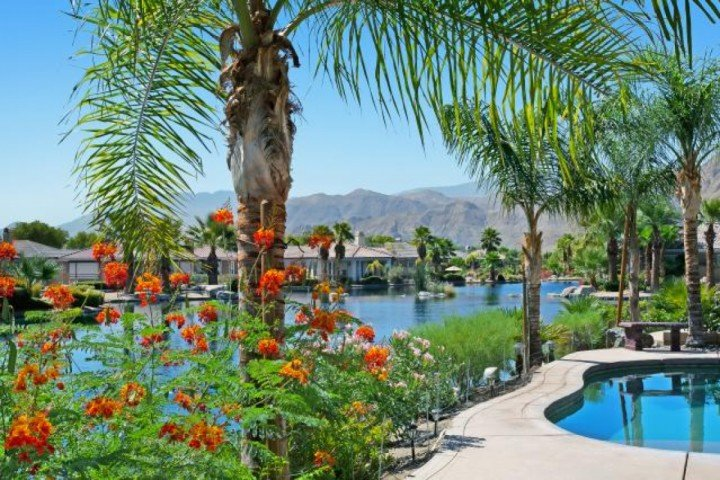 Pure Bliss!!  A Welcome Haven in the Desert - Sparkling Waters, Mountains High!  Lakefront, Private Pool/Spa Home in Mission Shores, Rancho Mirage - Rancho Mirage - rentals