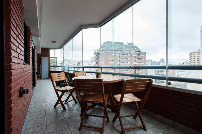 Balcony - 2 Bathrooms, Huge balcony & Great location! (9A) - Buenos Aires - rentals