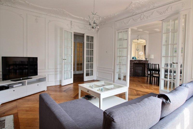 exposio_0003.jpg - LONGCHAMP - Neuilly-sur-Seine - rentals