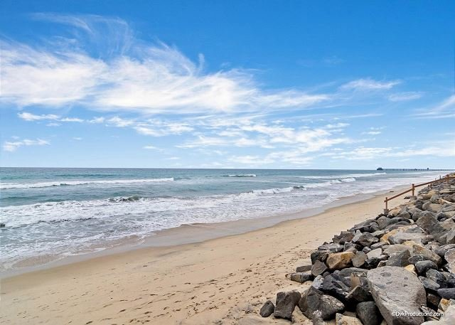 beach view  - Oceanfront 2br in Oceanside, CA Designer Decorated & A/C Equipped - Oceanside - rentals
