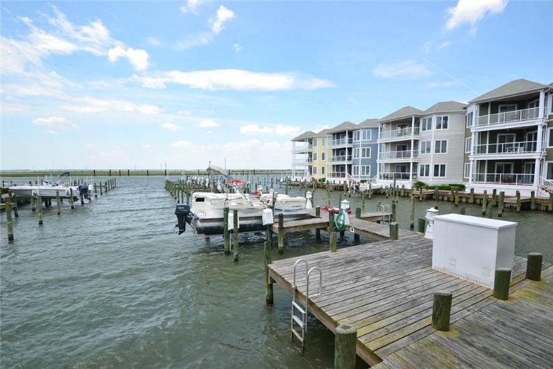 Sunset Bay Villa 109 - Image 1 - Chincoteague Island - rentals