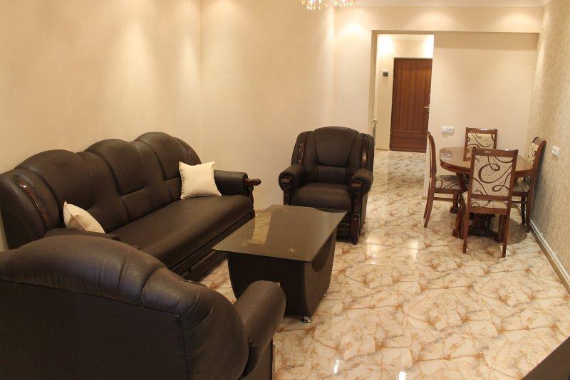 2 Bedroom Apartment on Tumanyan Street - Image 1 - Yerevan - rentals