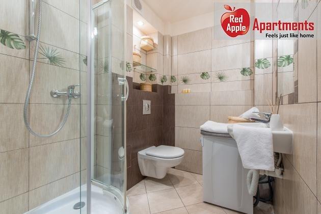 Bring and Spacious Lewartowskiego Apartment: Warsaw - 6912 - Image 1 - Warsaw - rentals