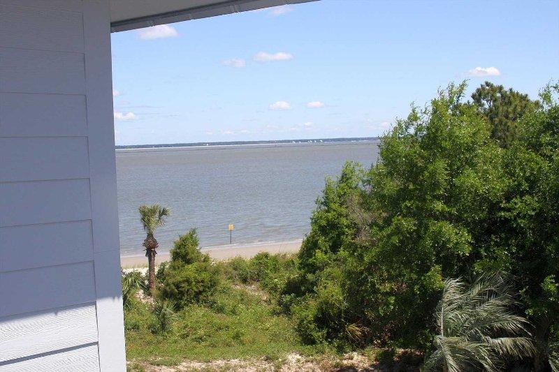 Savannah Beach & Racquet Club 324A - Image 1 - Tybee Island - rentals
