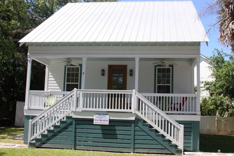Family Friendly Cottage 9 Logan - Image 1 - Tybee Island - rentals