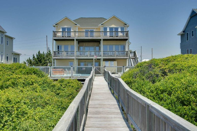 1 Emerald Oasis - Image 1 - Emerald Isle - rentals