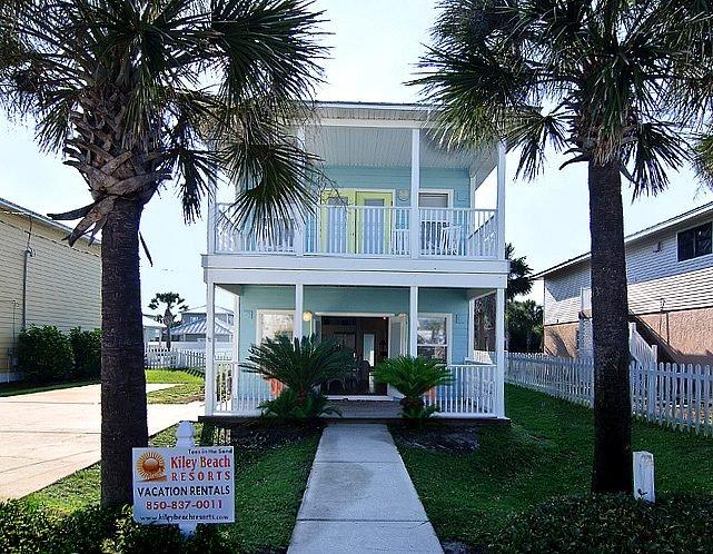 Beautiful Home!Steps to Beach w/Priv Pool & Cabana - Image 1 - Destin - rentals