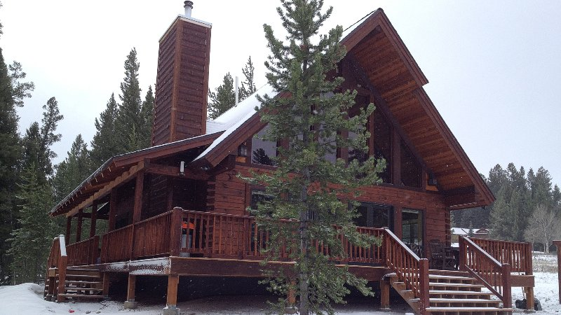 Mountain View Lodge - 10-minutes to Yellowstone! - Image 1 - West Yellowstone - rentals