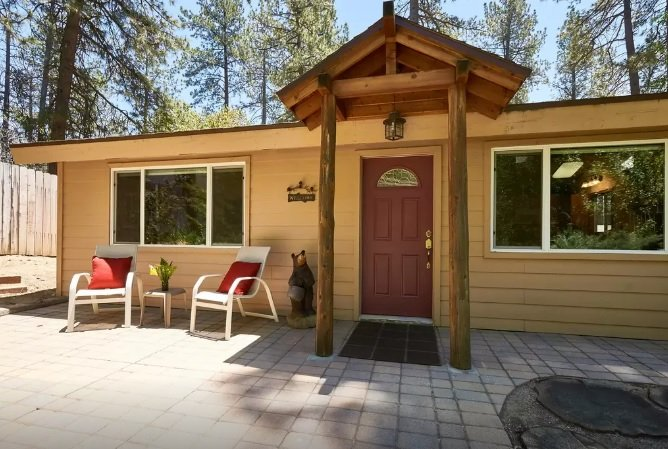 "Front of Home - Cozy Nestled ""In The Pines"" Home - Idyllwild - rentals"