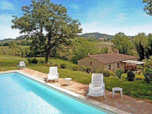 5 bedroom Apartment in La Corsina, Tuscany, Italy : ref 2269199 - Image 1 - Casole d Elsa - rentals